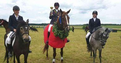Kurtuvėnų raiteliai iškovojo pergalę Lietuvos trikovės čempionate